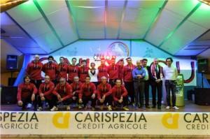 La squadra di A1 insieme ad alcuni atleti del settore Pattinaggio