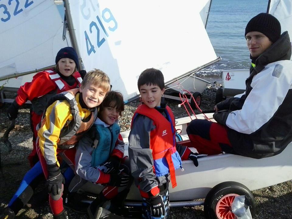 CN Varazze: l'attività dei giovani a bordo degli Optimist