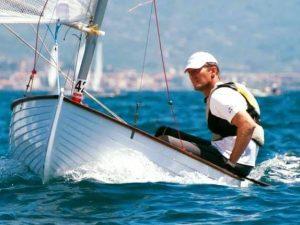 Vittorio d'Albertas alza il Trofeo Renato Lombardi