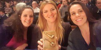 Le ragazze del Setterosa con il premio Brera