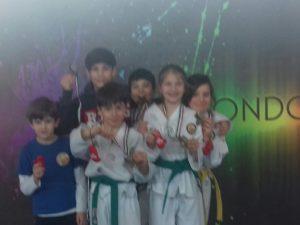 Cinquina d'oro (e un bronzo) per la Lanterna Taekwondo in Toscana