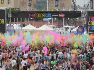 """A Genova la carovana """"The Color Run"""" tocca quota 5263"""