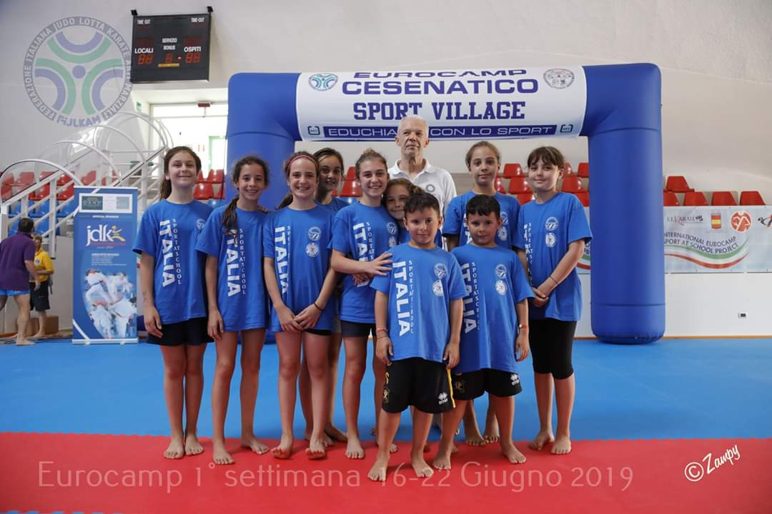 Fijlkam Karate Calendario Gare 2020.Esami E Stage Estivi Per Karate Club Savona Liguriasport