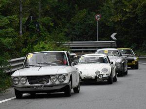 La Pontedecimo-Giovi è di Rita Magnanini su Lancia Fulvia coupè del 1966