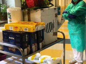 Consegna benefica della onlus Chicchi di Riso all'Ospedale San Paolo