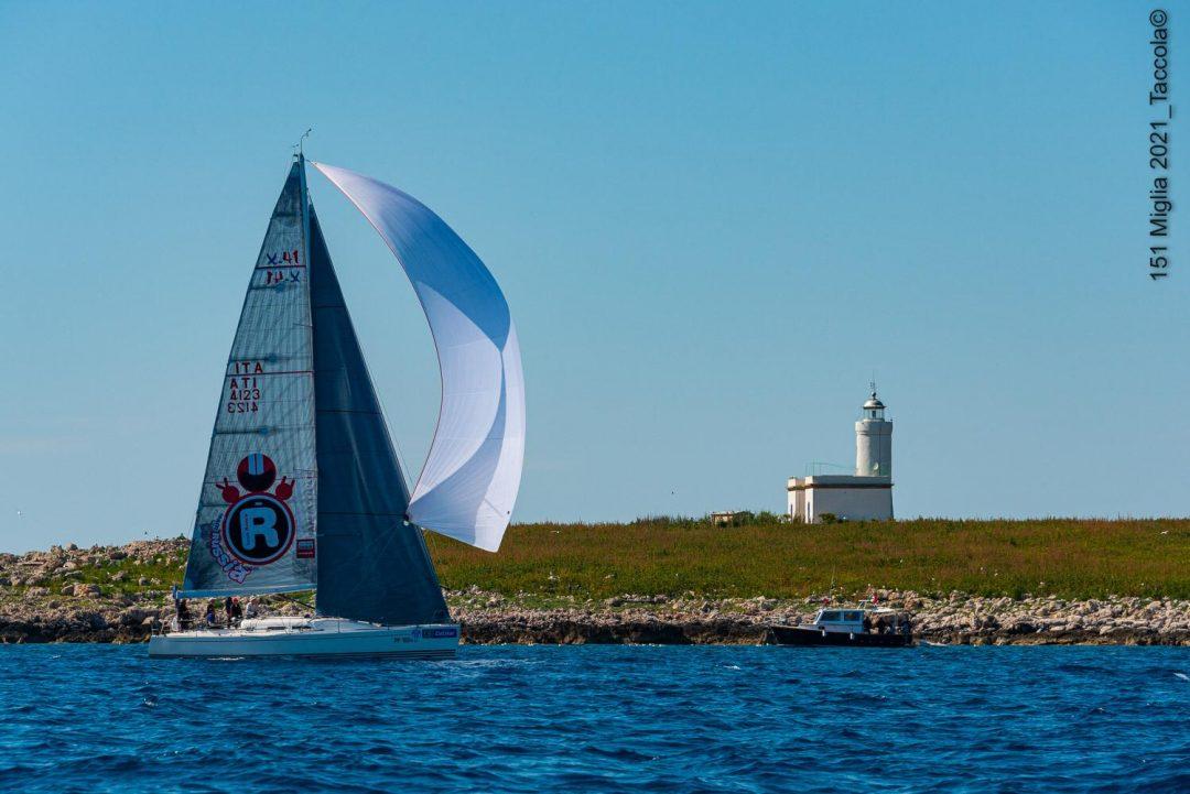 Capitani Coraggiosi vince nell'arcipelago toscano